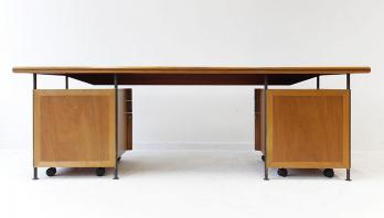 bureau de notaire milieu du xx me si cle mobilier du xx me si cle. Black Bedroom Furniture Sets. Home Design Ideas