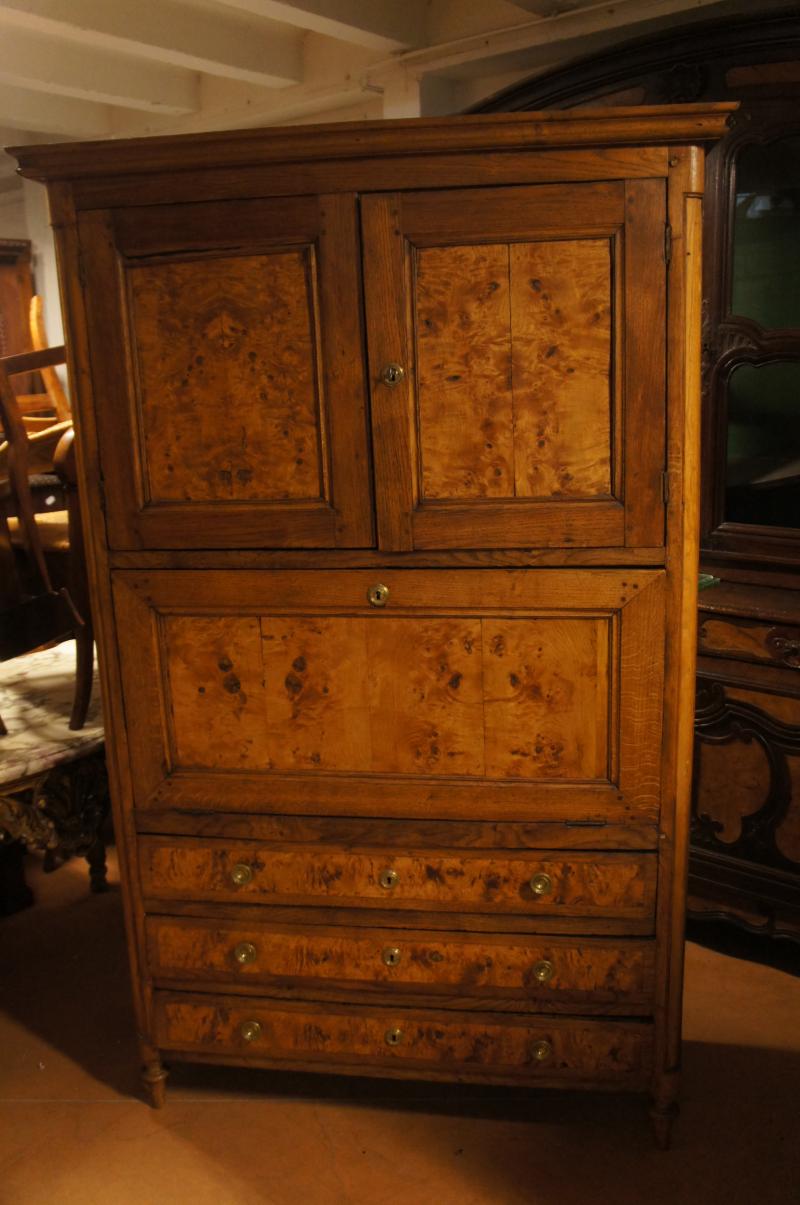 secr taire en ch ne et loupe trois tiroirs fin xviiie d but xixe antiquit s et meubles. Black Bedroom Furniture Sets. Home Design Ideas