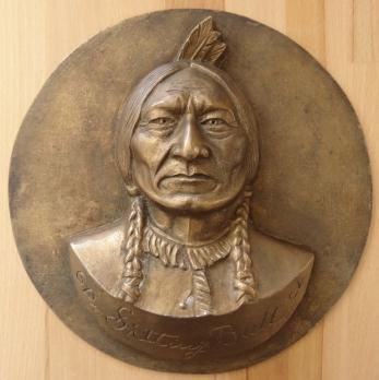 Gilbert POILLERAT - Sitting Bull, Sculpture originale