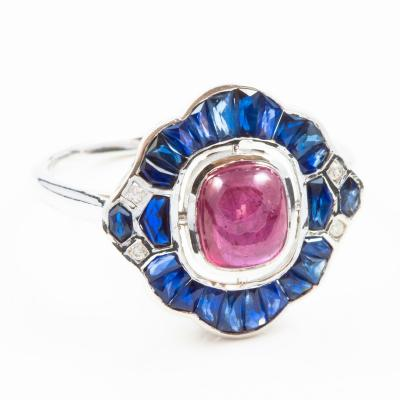 RING in white 750 (18 KT) - Cabochon RUBIES and calibrated SAPPHIRES and DIAMONDS - GUARANTEED by GEMOLOGICAL CERTIFICATE