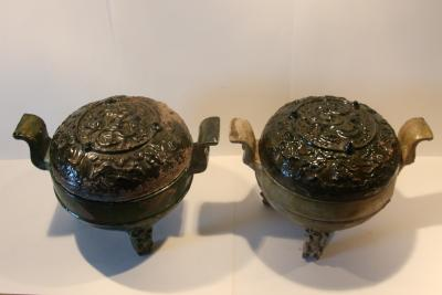 China, Han Dynasty, Pair of Ding tripod vases