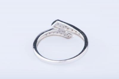 Bague en or blanc 18 ct 32 diamants env. 0,32 ct 2