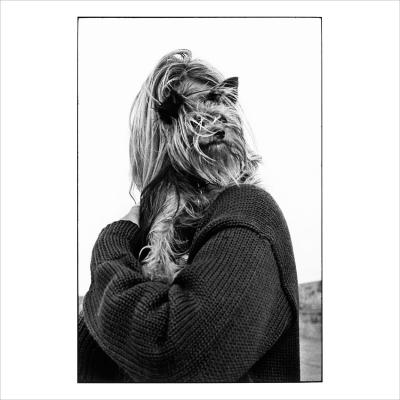Elliott Erwitt - Blonde woman and dog, photo signed by hand