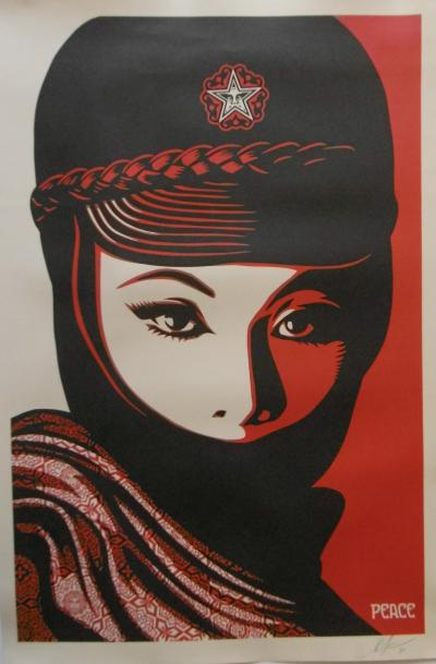 Shepard Fairey - Femme fatale 2018, Original lithograph on cream paper edited by Shepherd Fairey (Obey), Signed and dated in pencil by the artist