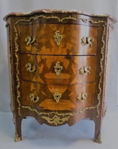 commodes antiquit en ligne achat vente meuble ancien d 39 poque lotpriv com. Black Bedroom Furniture Sets. Home Design Ideas