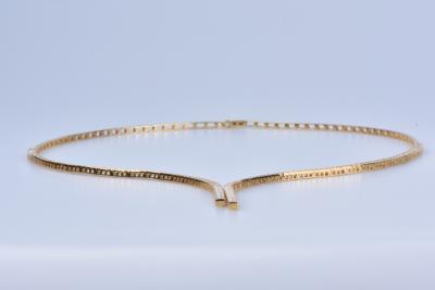 Yellow gold necklace of 28ct and oxydes 2