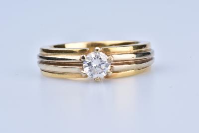 bague solitaire or jaune 750/1000 et diamant 1 carat