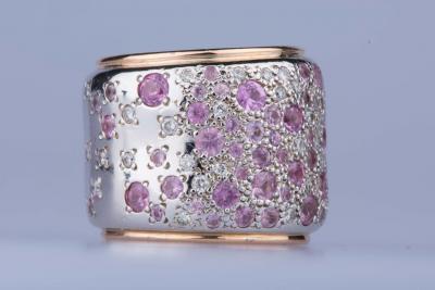 Bague bandeau POMELLATO Sabbia en or blanc rose 18 ct diamants et saphirs  roses 284fc6e0452