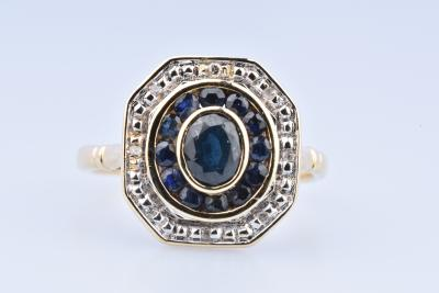 18-carat (750-1000th) yellow gold ring with 13 sapphires and 8 diamonds
