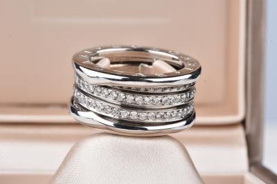 Bulgari - Bague en diamant en or blanc 18 ct.